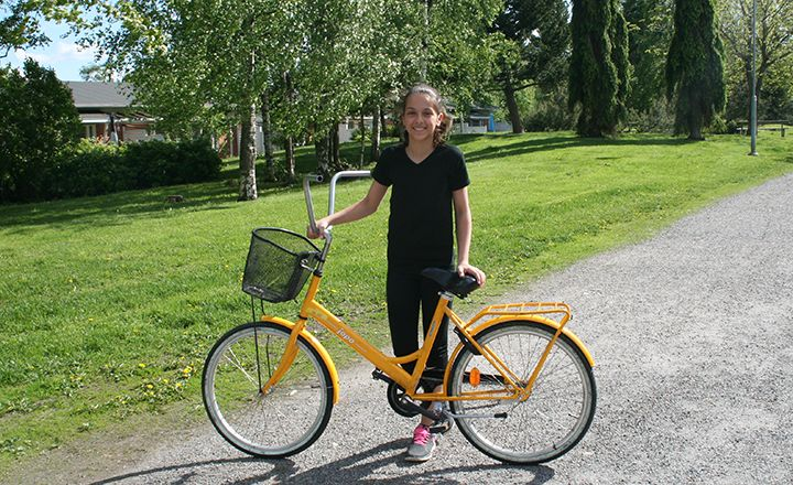 Bicycles removed from production premises bring joy to children