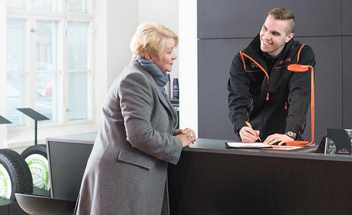 Vianor kehittää asiakaspalvelua työntekijöiden hyvinvoinnin kautta