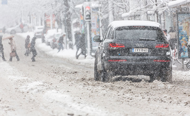 Linking the winter tyre requirement to road conditions can compromise road safety