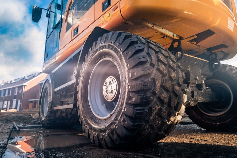New possibilities for earthmoving tires – Nokian Tyres presents new products for more efficient contracting work at Maxpo fair