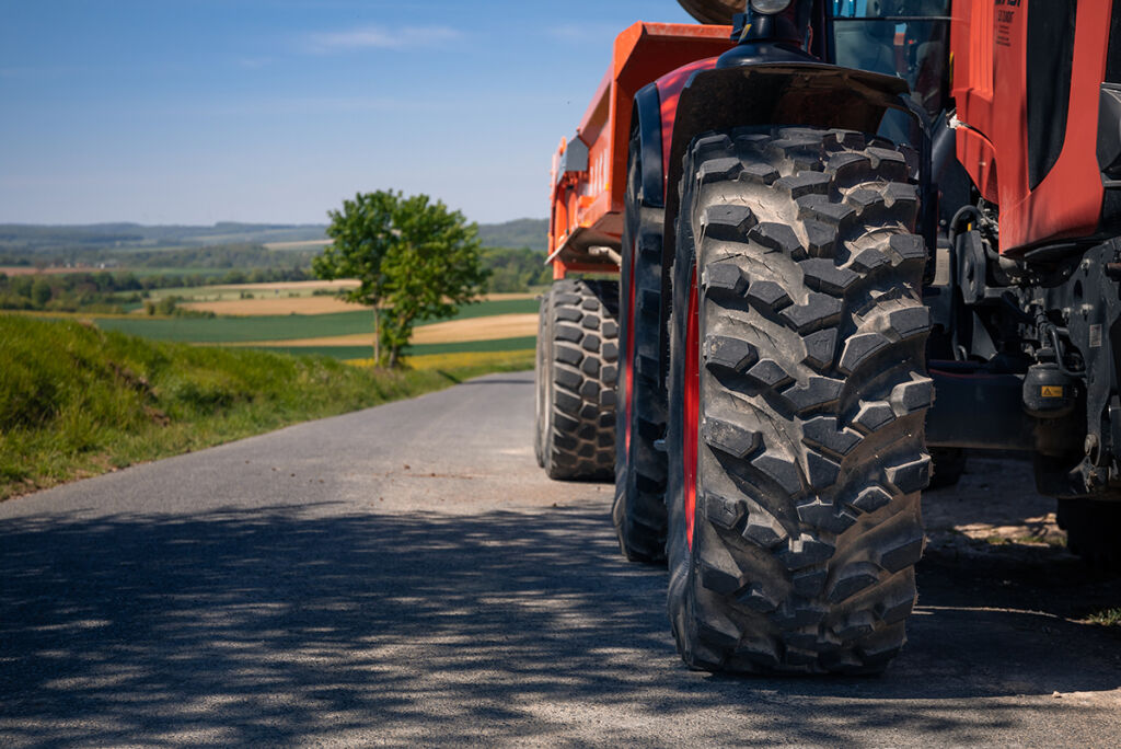 Effective versatility in the most common sizes – the Nokian Ground King hybrid tractor tire range to cover twenty different sizes