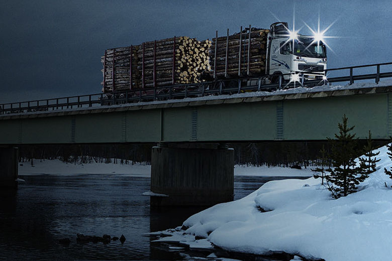 New truck tires, new retreading materials – Nokian Tyres keeps up with the changing industry demands