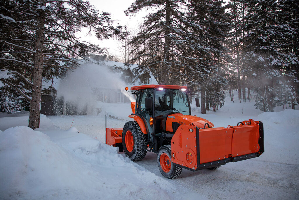 Seks nye dimensjoner – Nokian Hakkapeliitta TRI utvider de kompakte traktorenes helårsmuligheter