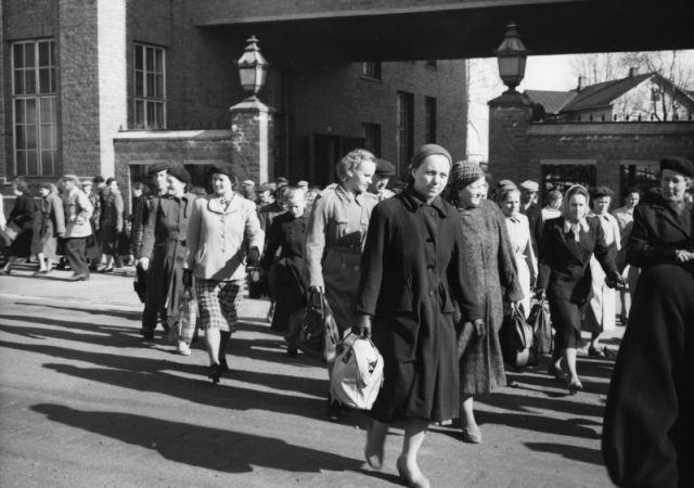 Конец рабочего дня, 1956 г.