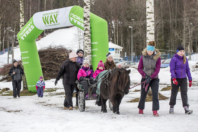 Both factories arrange different personnel events, from festivals to sports events. The Winter Days of the Nokia factory are a traditional family event for enjoying exercise and time together in the winter.