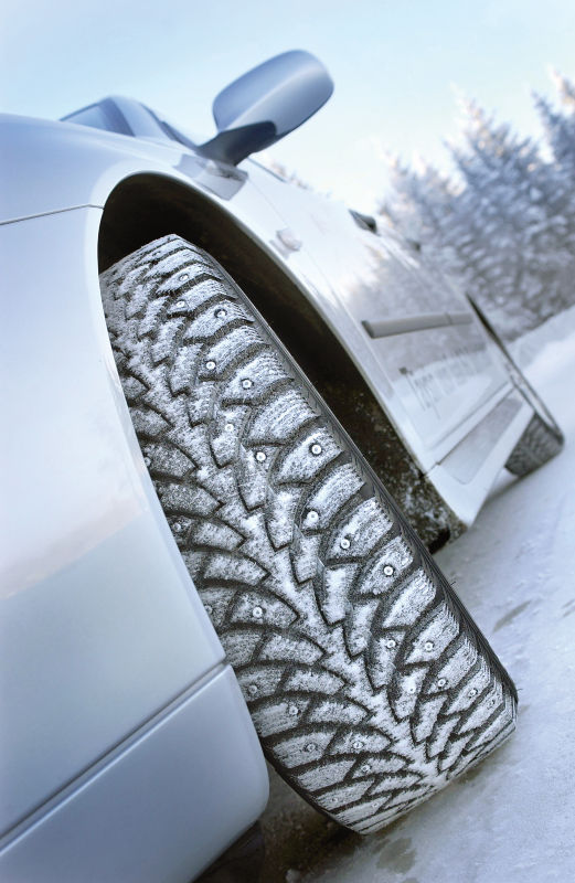 The Nokian Hakkapeliitta 4 ensured grip with square studs.