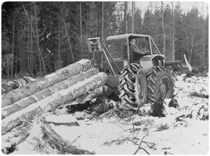 Valmet skidder prototype and Nokian test tyres.
