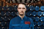 Александр, работает в компании 8 лет