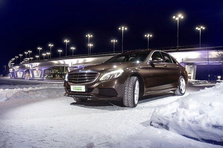 Nokian WR D4 belegt zweiten Platz im Winterreifentest des ADAC