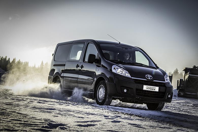 Нюанси вибору зимових шин для легких комерційних автомобілів від Nokian Tyres